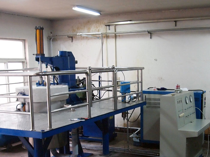 Carbon dioxide drying equipment